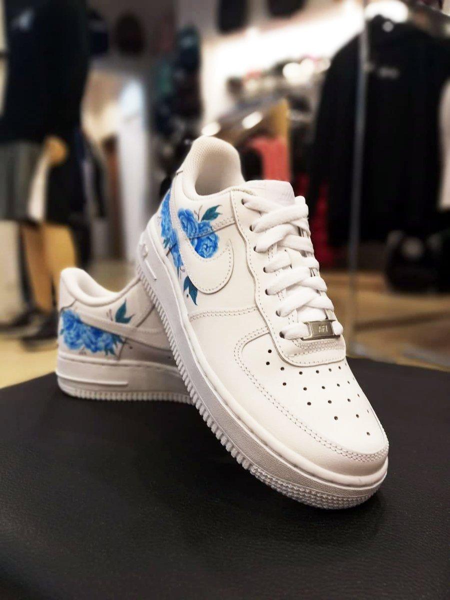 Buty Nike Air Force 1 Low All White Custom Flower blue