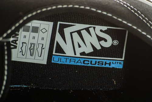 TRAMPKI VANS Authentic Lite- V40Q187
